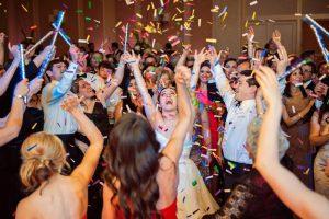 Esküvői zenék – 20 házibuli zene amire mindenki beindul
