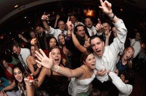Esküvői zenék – 30 modern dance a jelenből és a közelmúltból