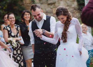 Evelyn és Péter esküvője a Szolnoki Művésztelepen